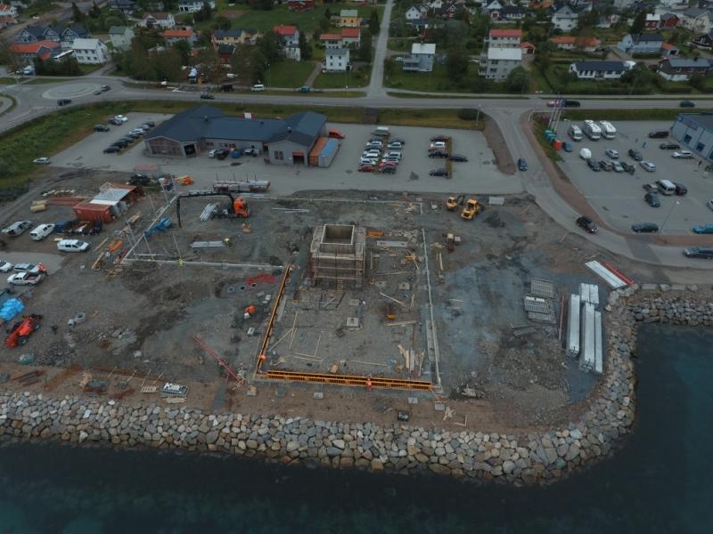 Støping av fundamenter og trappehus