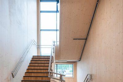 Stokmarknes Skole trapp